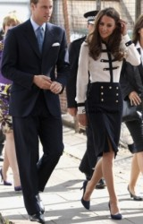 Kate Middleton stile militare in Alexander McQueen