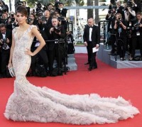 Eva Longoria a Cannes in Marchesa