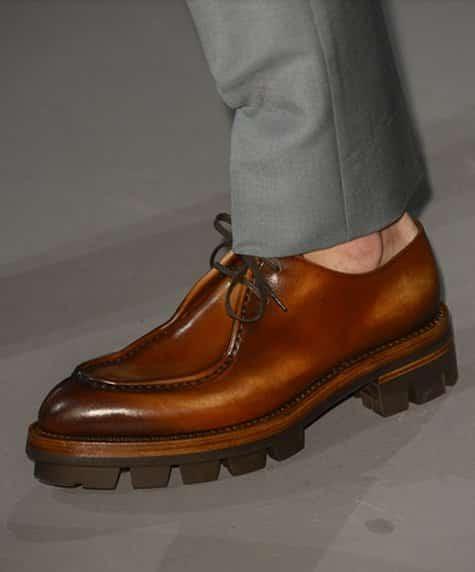 scarpe uomo Prada autunno inverno 2013 2014 marrone caramello