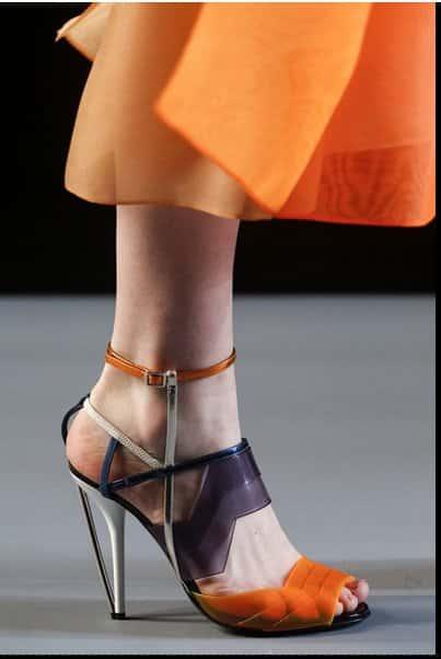 sandalo arancio Fendi p/e 2014