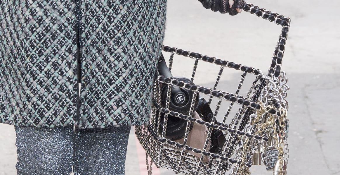 sfilata Chanel borse autunno inverno 2014 2015 cestino spesa