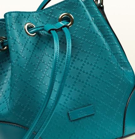 Gucci secchiello bright in pelle diamante cobalto 995.00 euro