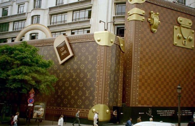 6 Artisti celebrano Louis Vuitton