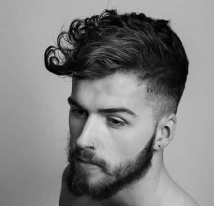 Foto capelli mossi uomo