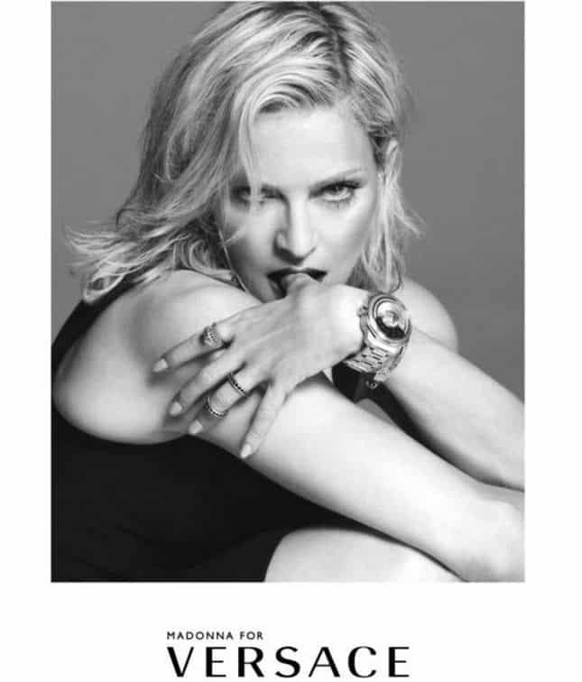 Madonna per Versace pe 215