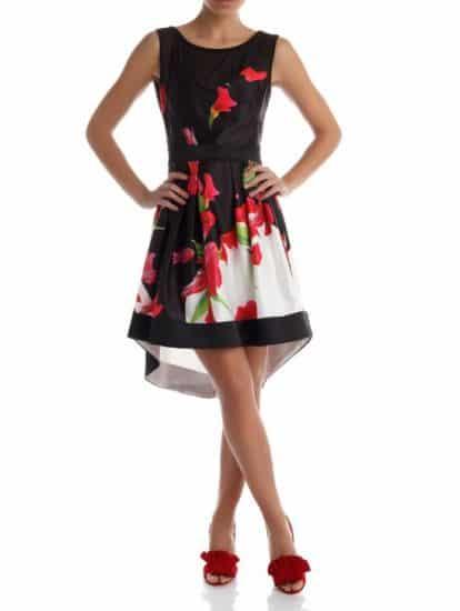 0192895dc18b ... di collezione per la prossima stagione. Oggi andiamo a curiosare tra le  nuove proposte di Rinascimento abbigliamento 2017 per la primavera estate.