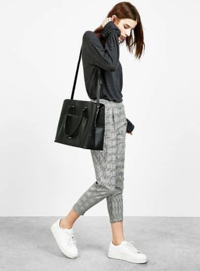 21b9611d0972 Il marchio giovane e low cost Bershka ha molto da offrire alle donne che  desiderano rinnovare i propri look senza spendere troppo.